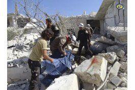 siria: ataque aereo mata a 17, mayormente ninos, en idlib