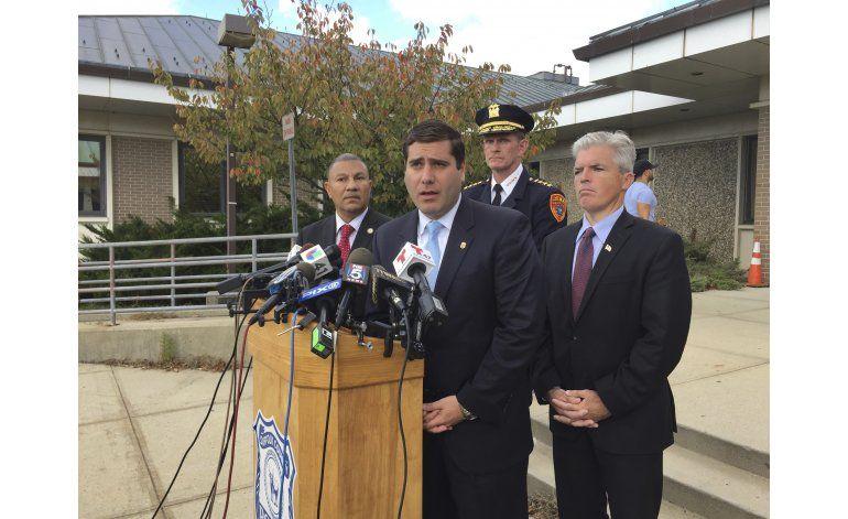 Cuestionan a policía en desaparición de latinos en NY