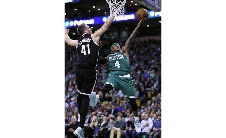 Thomas anota 25 y los Celtics vencen 122-117 a los Nets