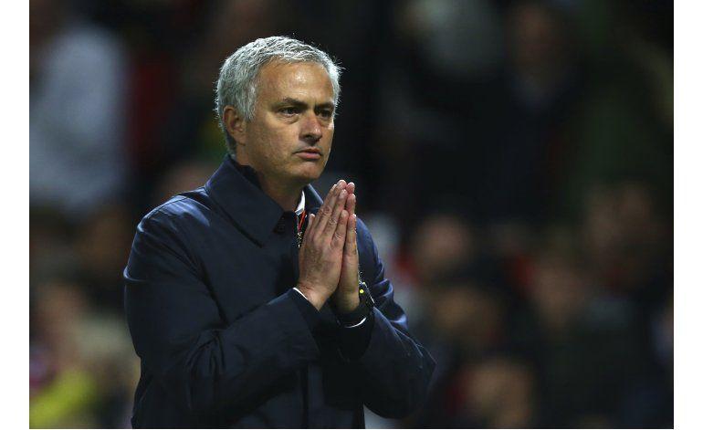 Mourinho es imputado por comentarios sobre árbitro
