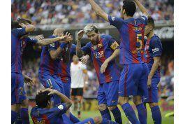 barcelona se querella contra presidente de liga espanola