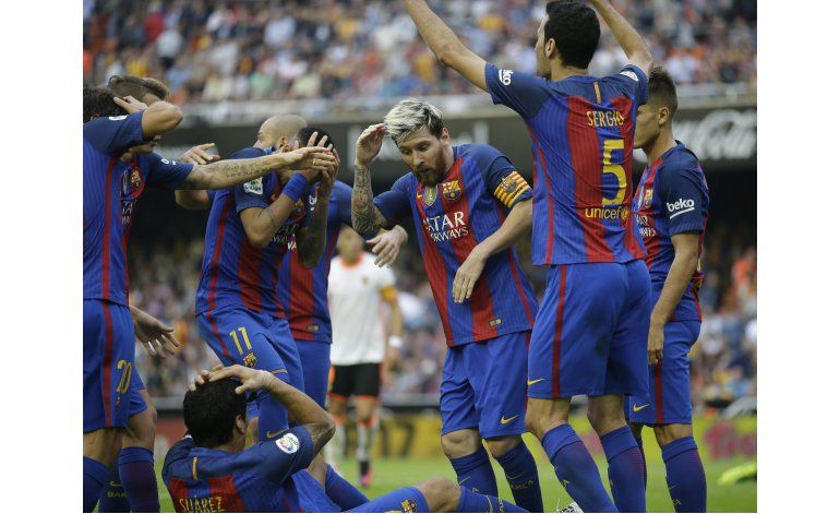 Barcelona se querella contra presidente de liga española