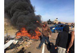 arrestan a manifestantes contra oleoducto en north dakota