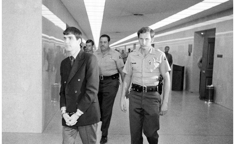 Niegan condicional al seguidor de Manson Tex Watson
