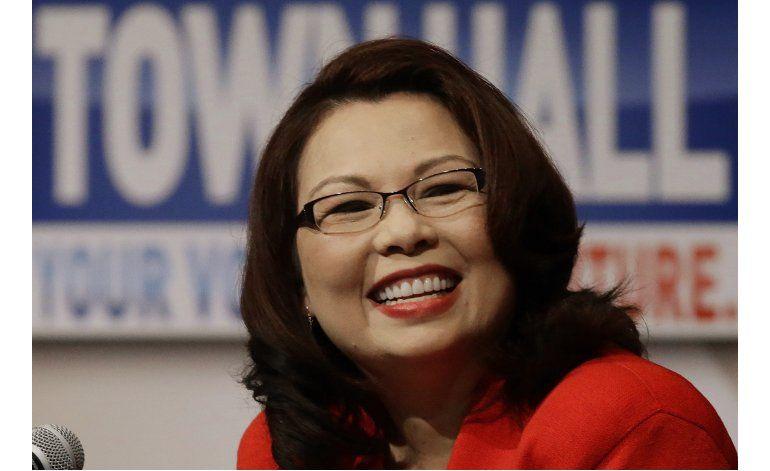 Candidato republicano se burla de rival por ser inmigrante