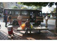 escaso apoyo a paro contra maduro en venezuela