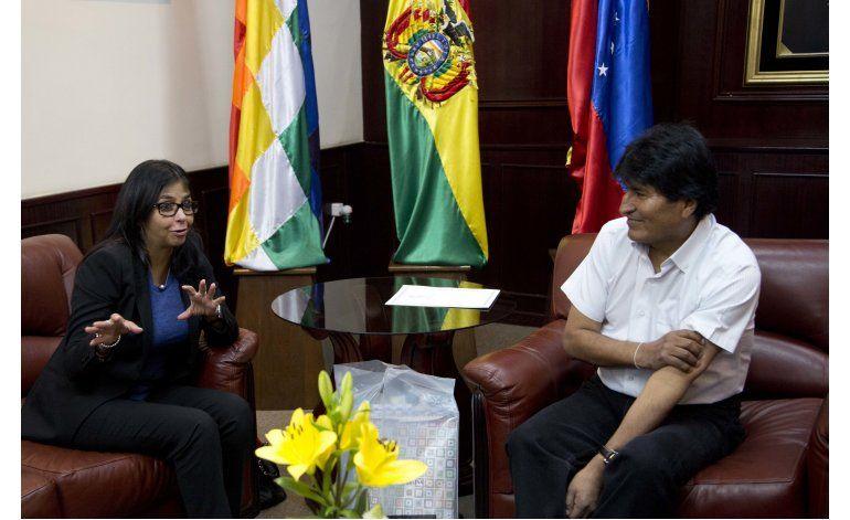 Bolivia y Venezuela denuncian presiones políticas de EEUU