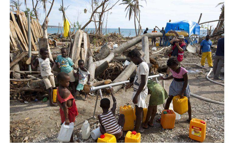 Un mes después del huracán, escasea el agua potable en Haití