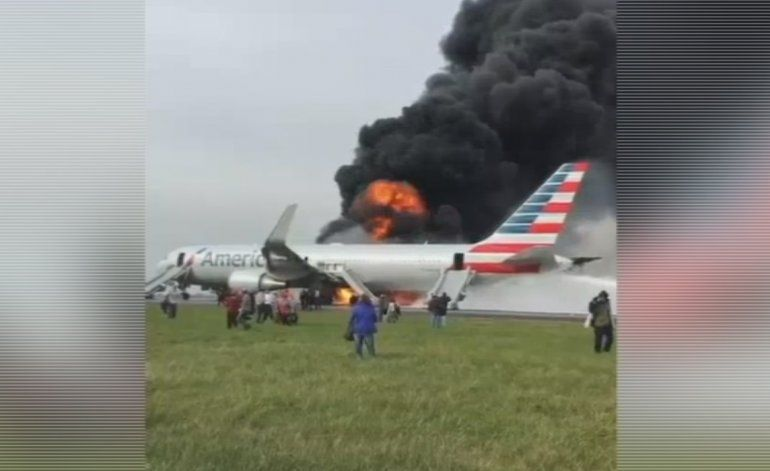 Avión con destino a Miami se incendia en Chicago