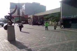 venezolanos se unen al paro convocado por la oposicion