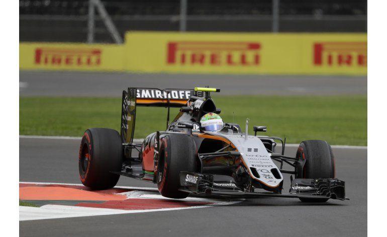 Pérez vive jornada bipolar en el GP de México