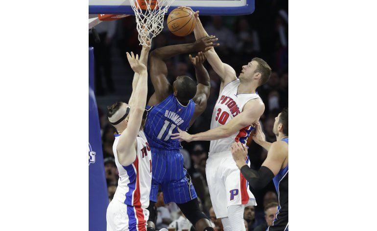 Pistons domina al Magic en su primer juego en casa
