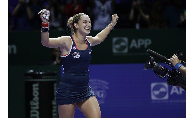 Kerber y Cibulkova avanzan a la final de Copa WTA
