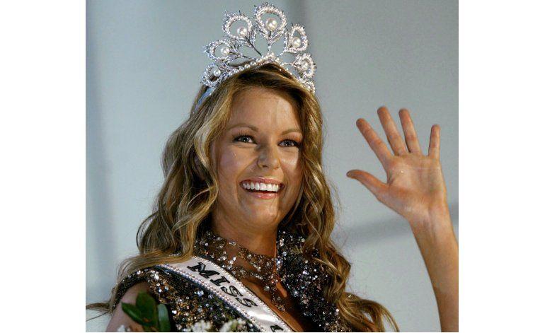 Ex Miss Universo dice que Trump la trató con respeto