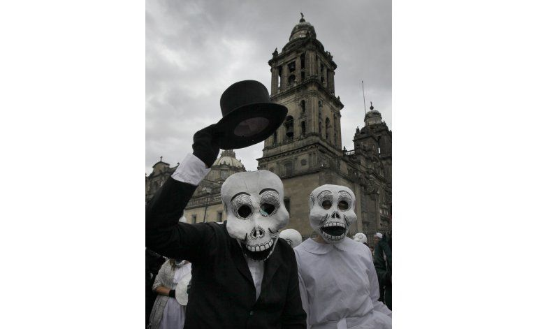 Hollywood cambia el Día de los Muertos en México