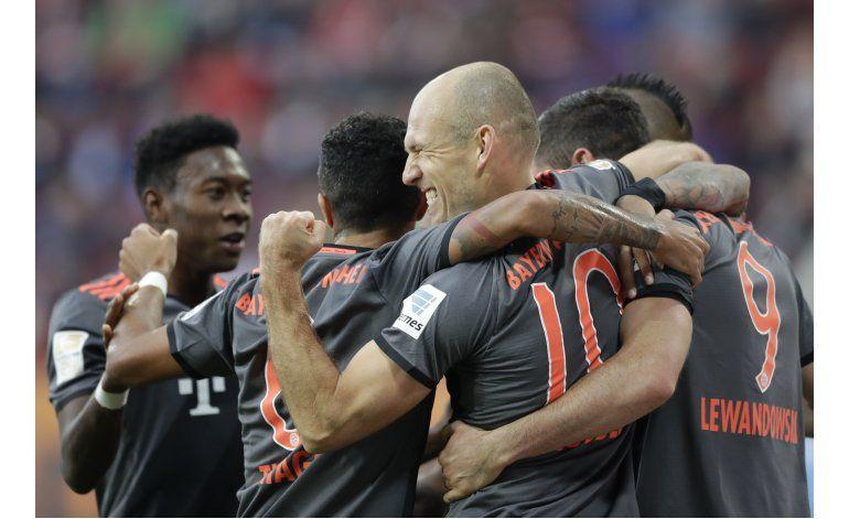 Bayern gana, Leipzig le sigue el paso en Bundesliga