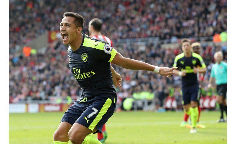 City, Arsenal y Liverpool siguen en la cima de la Premier