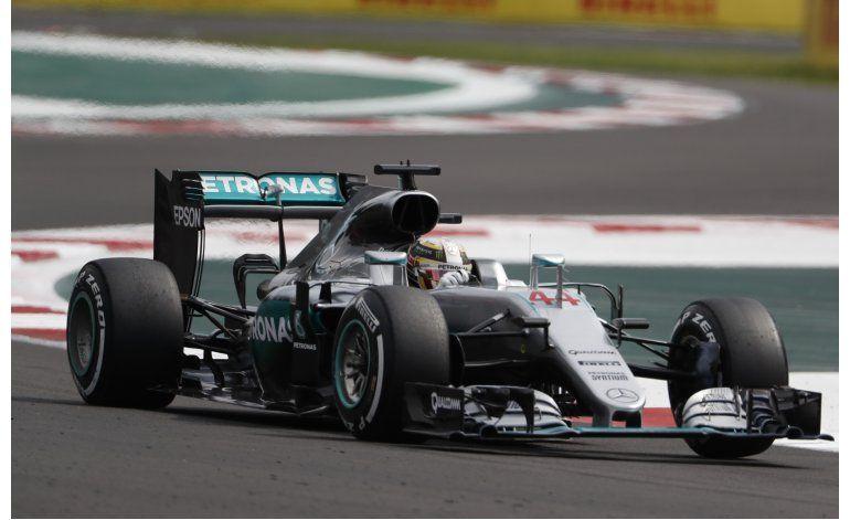 Hamilton gana en México y le pone suspenso a la F1