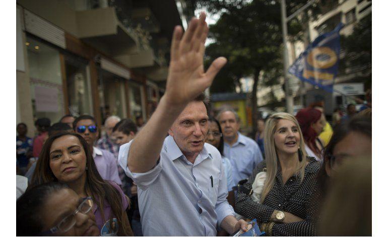 Pastor evangélico gana alcaldía de Río en 2da ronda