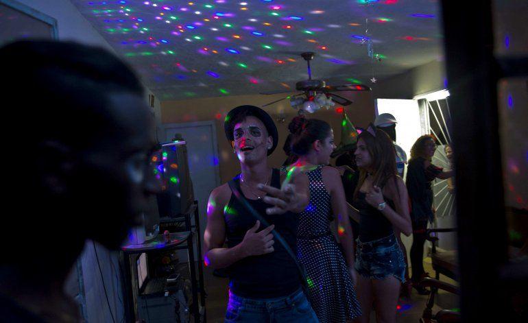 Fiestas de Halloween se ponen de moda en Cuba