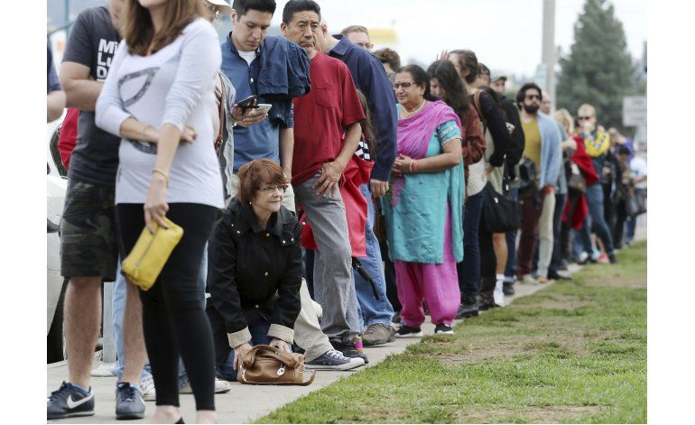Anuncio del FBI no altera curso de votación anticipada