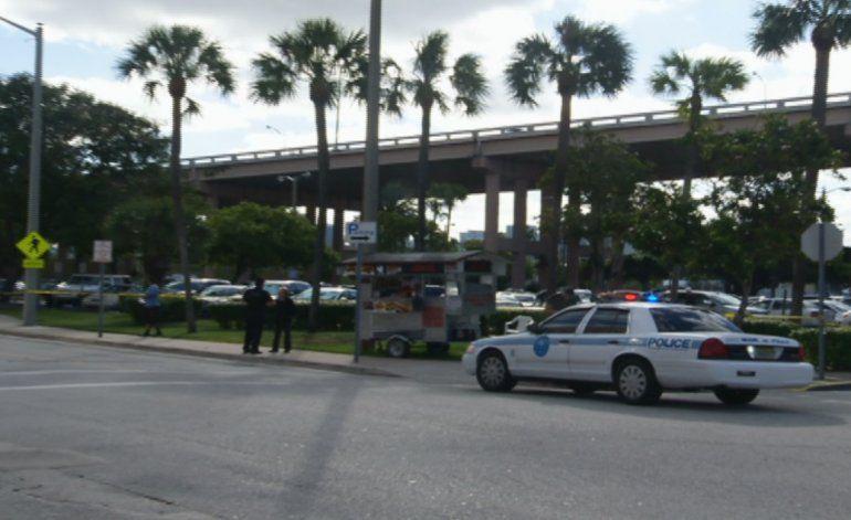 Desalojan estacionamientos  de la corte criminal de Miami por amenaza de bomba