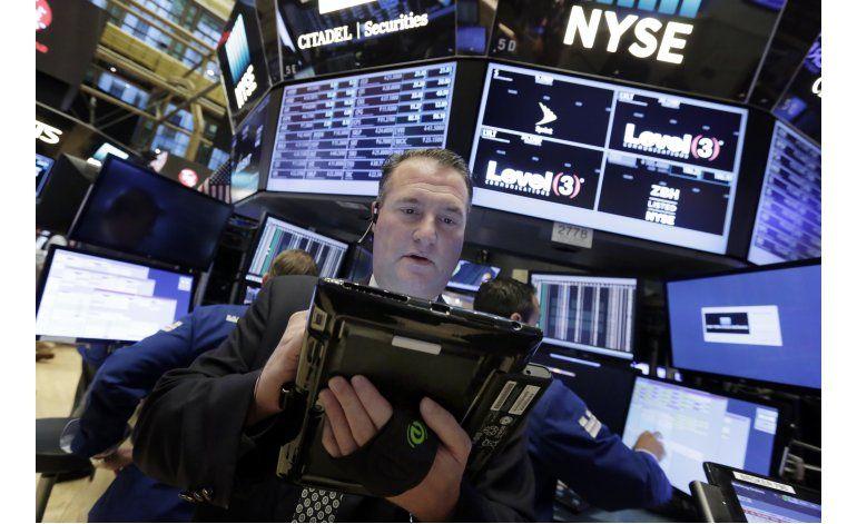 Wall Street cierra a la baja ante tensión electoral