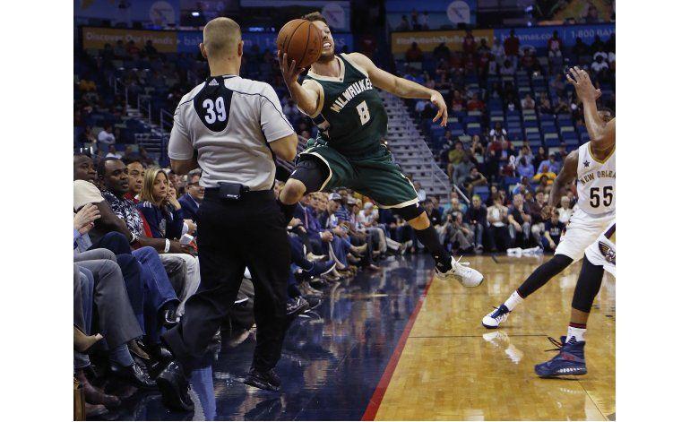 Antetokounmpo luce en victoria de Bucks sobre Pelicans