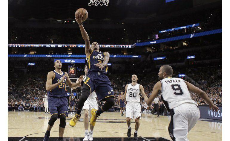 Jazz liquida con triples a los Spurs