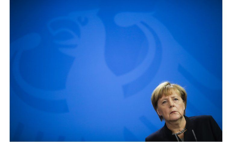 Merkel critica medidas de Turquía contra libertad de prensa