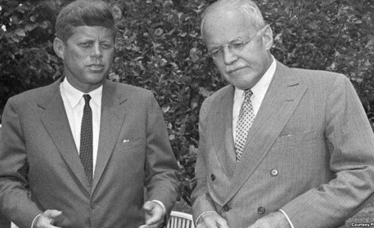 Publica la CIA informe retenido sobre la invasión a Cuba en 1961