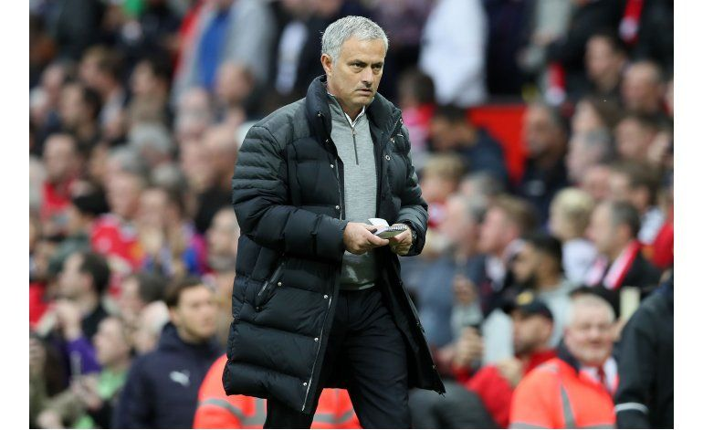Mourinho es suspendido 1 partido