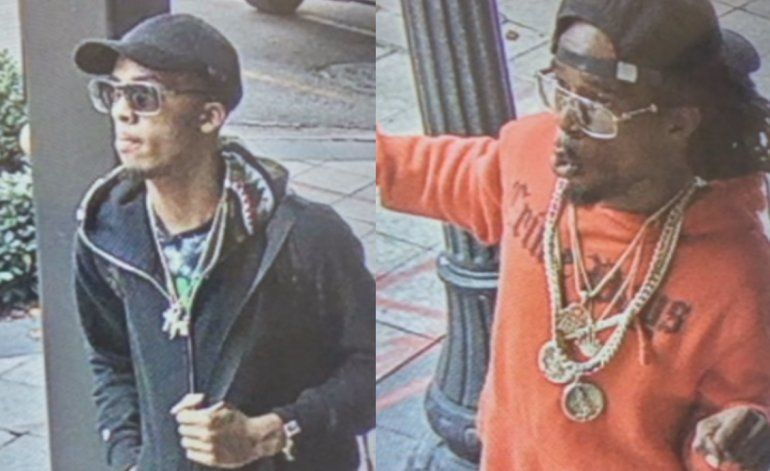 Autoridades buscan a dos sujetos que robaron en una joyería del Downtown de Miami