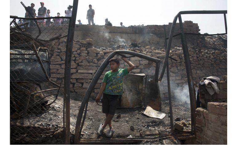 Perú: incendio destruye la única comunidad indígena de Lima