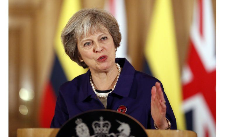 Primera ministra busca concretar Brexit a pesar de fallo