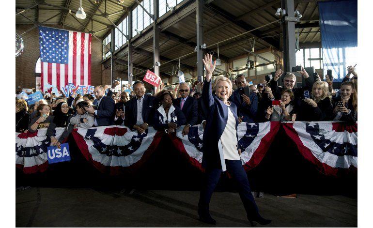 Clinton y Trump apelan a distintos votantes en recta final
