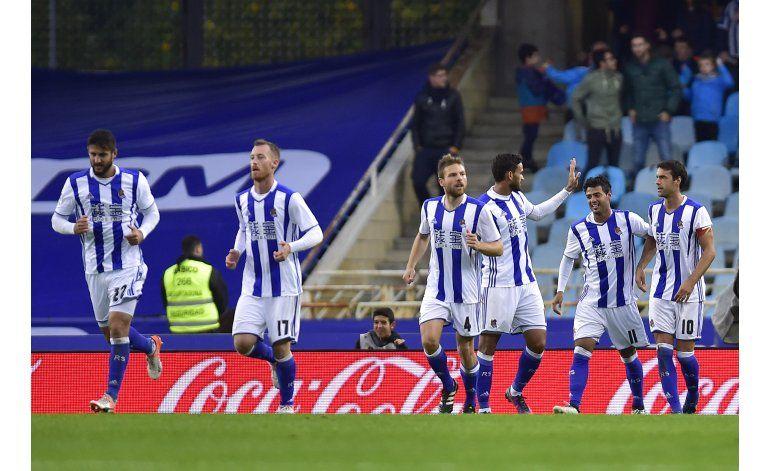 Vela brilla en el triunfo de la Real sobre el Atlético