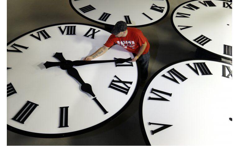 EEUU: Regresó la hora estándar