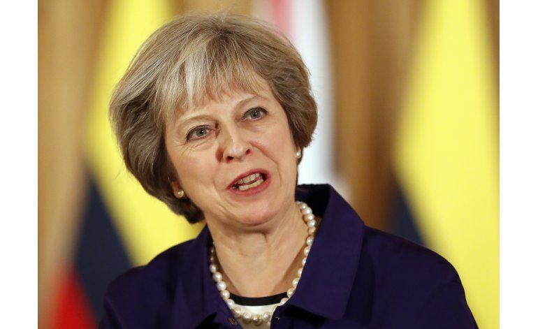 Primera ministra británica quiere respaldo unido al Brexit