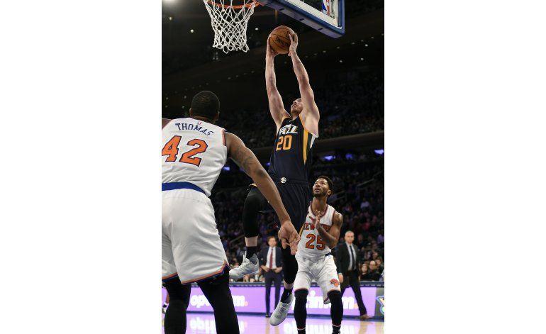 Hayward debuta en campaña con 28 puntos y Jazz gana a Knicks