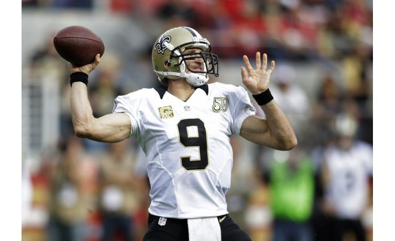 Brees guía a Saints a 4to triunfo en 5 partidos