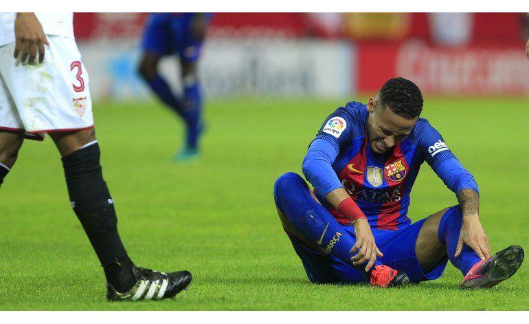 Juez acepta cargos contra Neymar por transferencia al Barsa