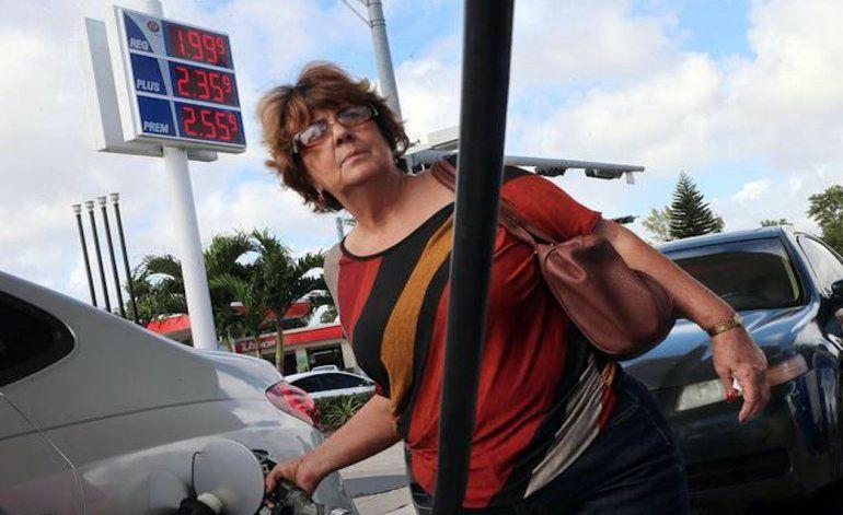 Precios de la gasolina en Miami descienden previo al Thanksgiving