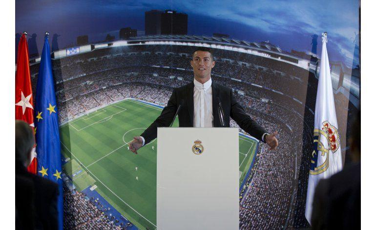 CR7 extiende contrato con el Madrid en año de ensueño