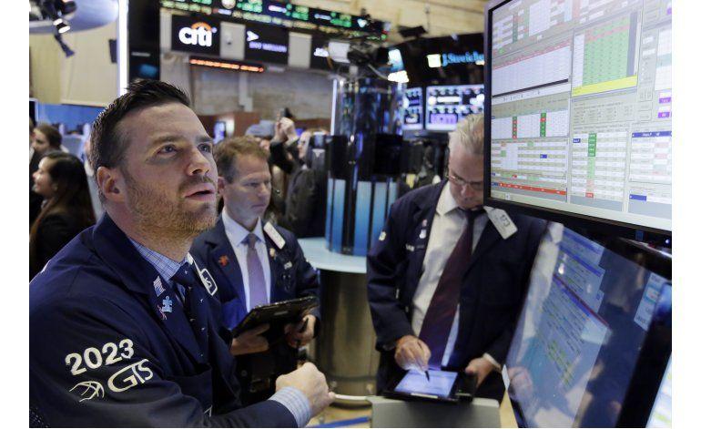 Wall Street tiene su mayor ganancia en 8 meses