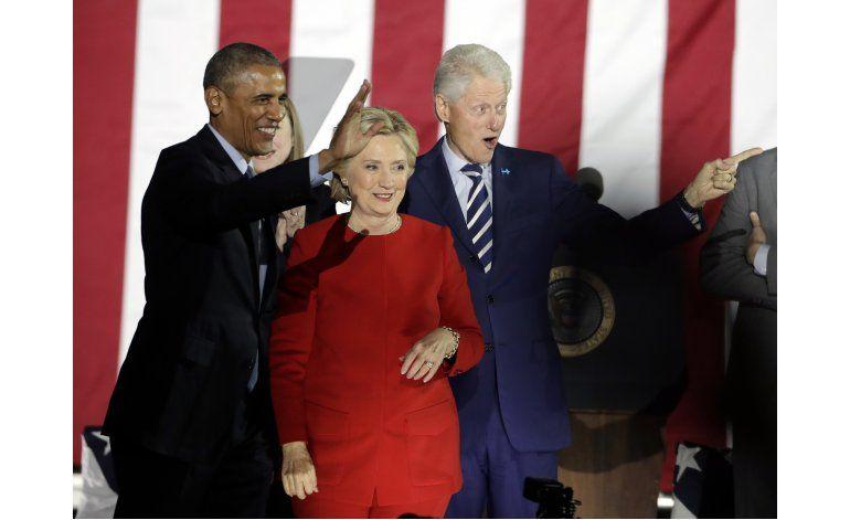 Clinton y Trump cierran a tambor batiente