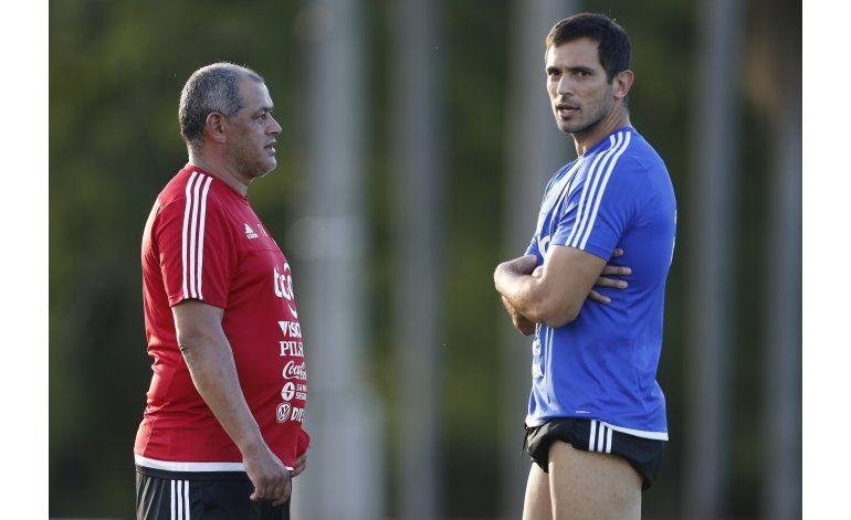 Mundial: Santa Cruz anuncia su retiro de la selección