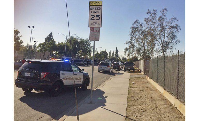 California: 2 muertos en tiroteo cerca de centros de voto