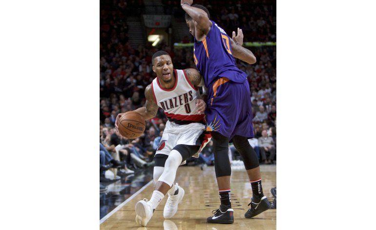 Blazers ganan a Suns 124-121 con 38 puntos de Lillard