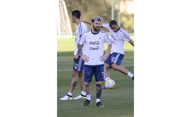 Messi vuelve justo a tiempo para duelo Brasil-Argentina